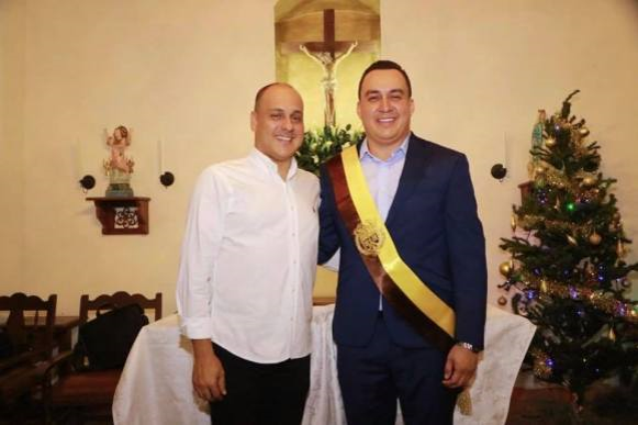 SE POSESIONO NUEVO ALCALDE DE GIRÓN