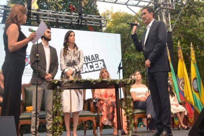 """BUCARAMANGA. """"No robaremos, no mentiremos y no traicionaremos"""": Juan Carlos Cárdenas, alcalde"""
