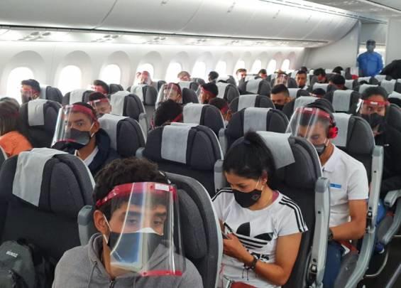 El 'avión del deporte' llevó a Europa 111 ilusiones colombianas
